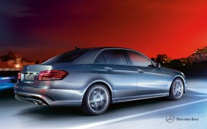 mercedes-benz-e-class-saloon-w212_wallpaper_01_1920x1200__03-2013