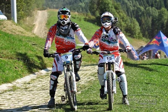 Bang Dh team - Matúš Korytko, Peter sedlák, bike camp