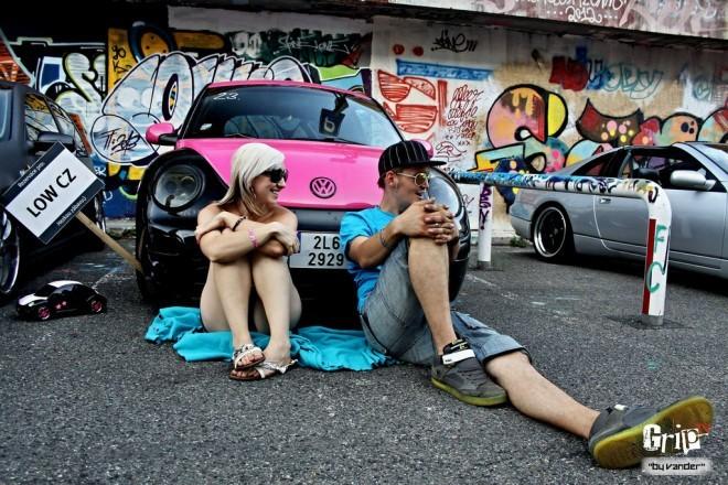 16 STREET CARS PARKING PRAHA 3.0