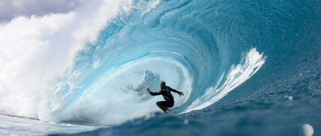 Kelly-Slater-wins-2014-Volcom-Pipe-Pro-940x400